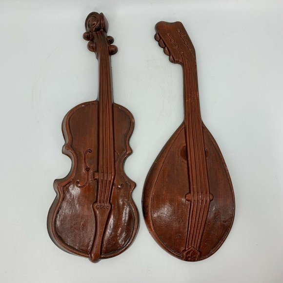 Lute Violin Painted Metal Wall Hanging Plaque